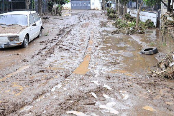 Las tres localidades más afectadas por las lluvias son Teresópolis, Nuev...