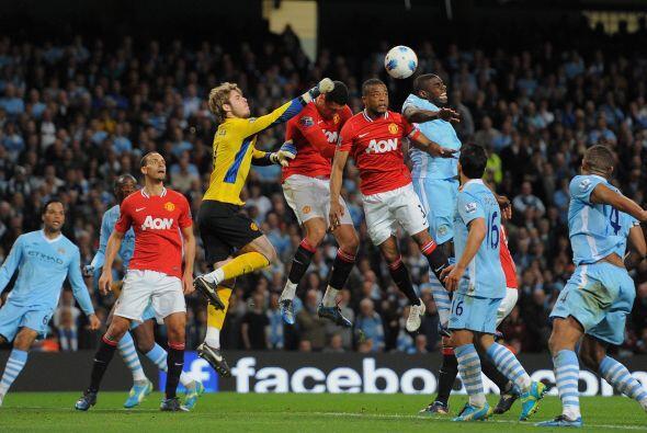 A pesar de que el United perdía, eran más claras las ocasiones al frente...