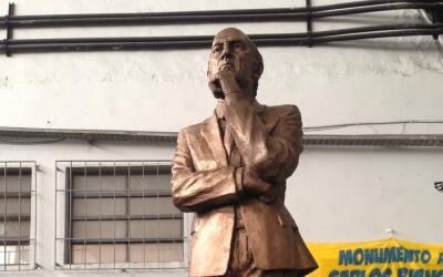 Estatua de Bianchi