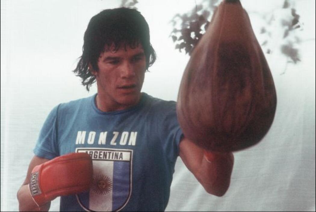 Carlos Monzon fue un boxeador argentino que alcanzó el título de campeón...
