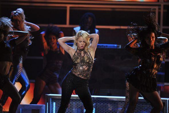 ¡Ufff! Shakira seguro para conservar esa figura todo el día la pasa bail...