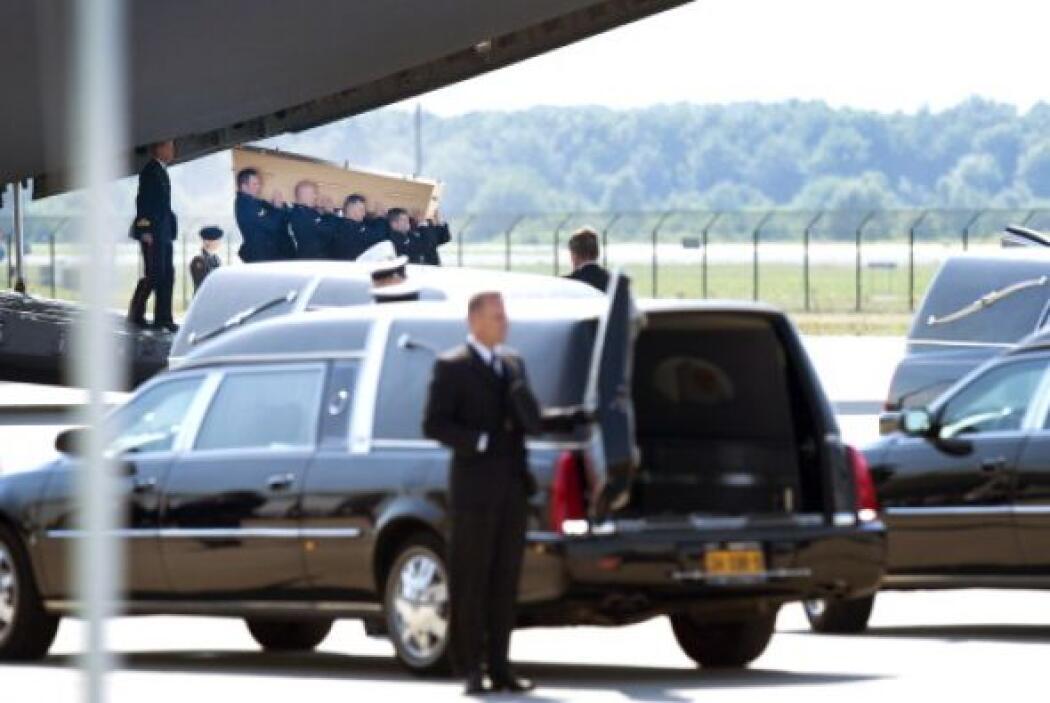 En la aeronave militar holandesa fueron transportados 50 cuerpos más.