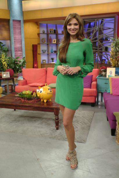 La bella Blanca Soto llegó bellísima a la casita más feliz de la televis...