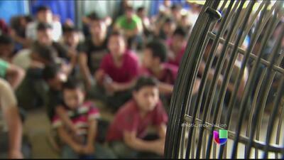 Demócratas hispanos encontra de la deportación de los niños de la frontera