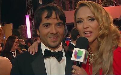 Luis Fonsi dejó a la familia en casa para ir a Premio lo Nuestro