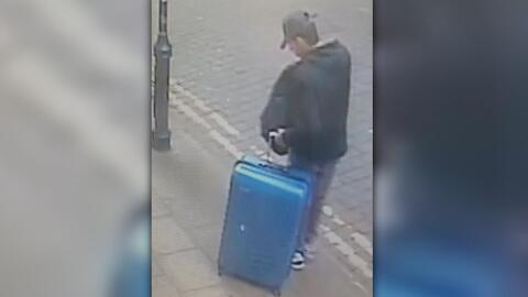 Dan a conocer nuevas imágenes del atacante de Manchester