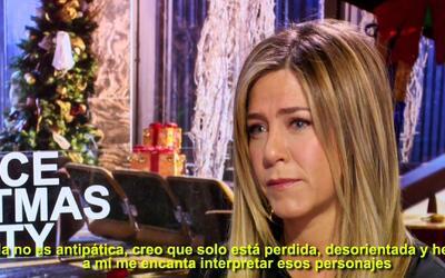 Jennifer Aniston es la grinch de la Navidad en la película 'Office Chris...