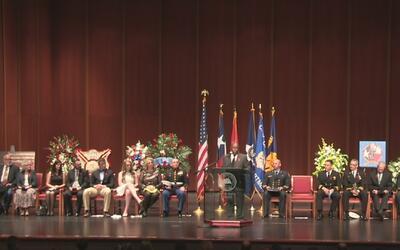 Realizan ceremonia para honrar la vida del bombero caído William Dowling