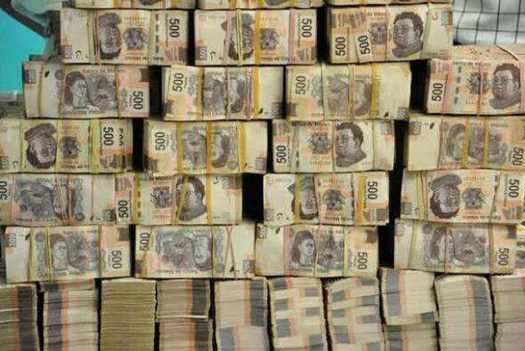 """""""Pesando el dinero"""", dice la foto del 11 de julio. (Fotografía tomada de..."""
