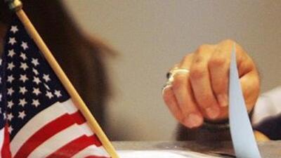En la elección presidencial de 2008 de los 19 millones de latinos autori...