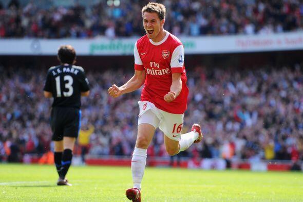 Su gol fue festejado por los hinchas del Arsenal...pero al otro d&iacute...
