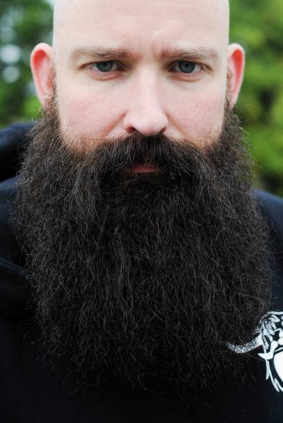 Las categorías fueron desde barba cerrada y elegante hasta un estilo de...