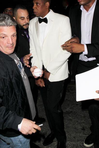Jay-Z se veía un poco alterado.Mira aquí lo último en chismes.