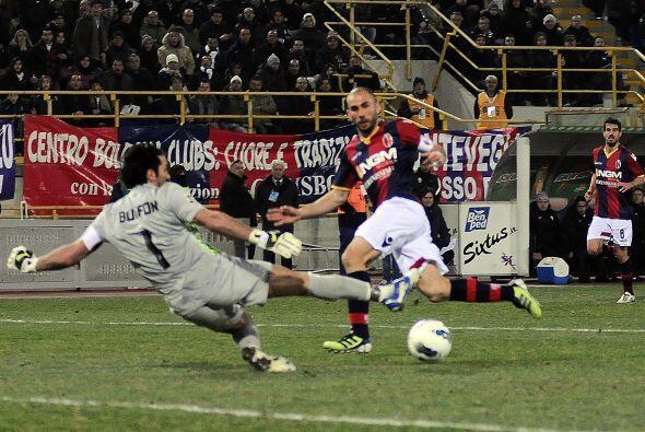 El delantero enfrentó a Buffon y no se puso nervioso.
