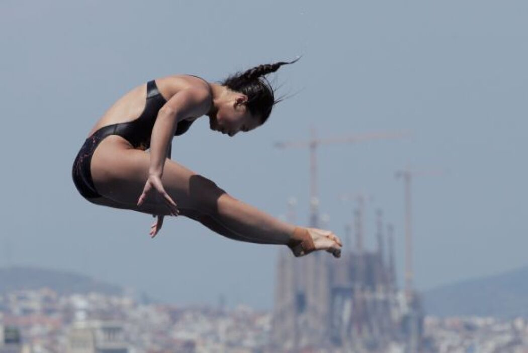 La china He Zi, oro en saltos sincronizados tres metros y plata en el in...