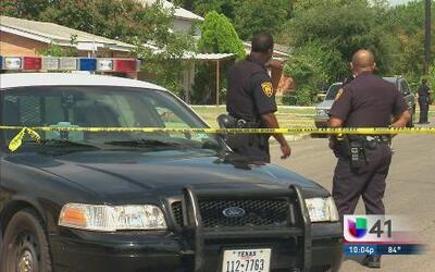 Un sospechoso desata un tiroteo y hiere a dos niños