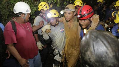 Rescatan a 22 mineros atrapados en Nicaragua
