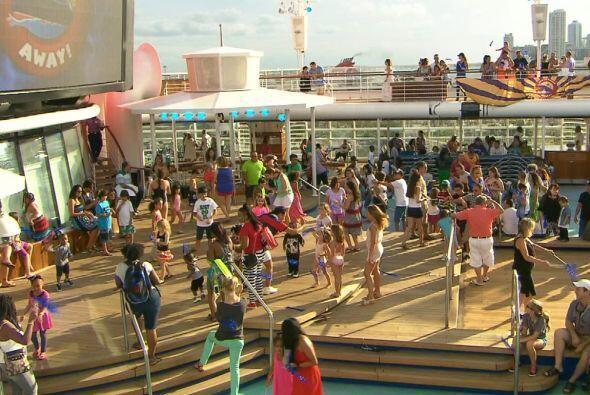 La celebración del cumpleaños de Camila fue en el crucero de Disney.