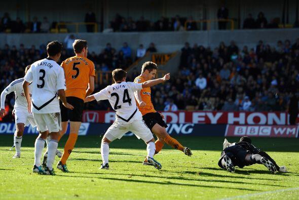 Wolverhampton sacó sus garras y a 5 minutos del final consigui&oa...