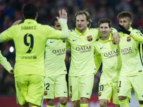 Barcelona goleó 5-2 al Athletic Bilbao como visitantes y est&aacu...