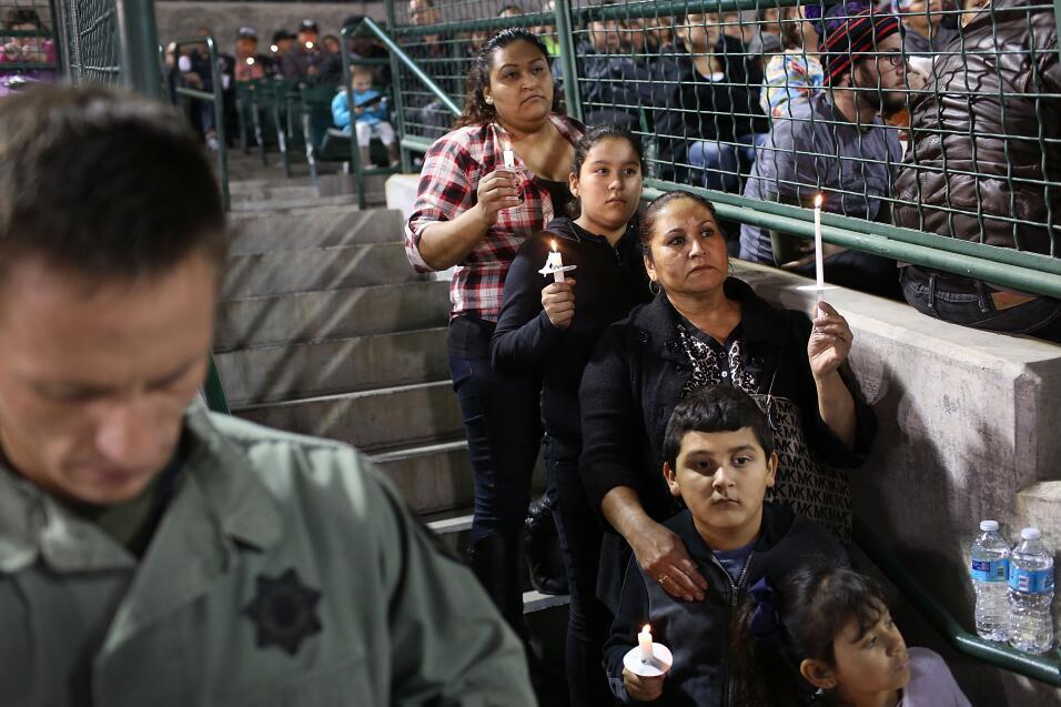 Las víctimas hispanas de tiroteo en California  vigilia1.jpg