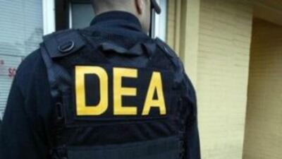 Agente de la DEA. (Imagen tomada de Twitter).