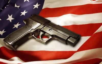 California busca legislar sobre el control de armas