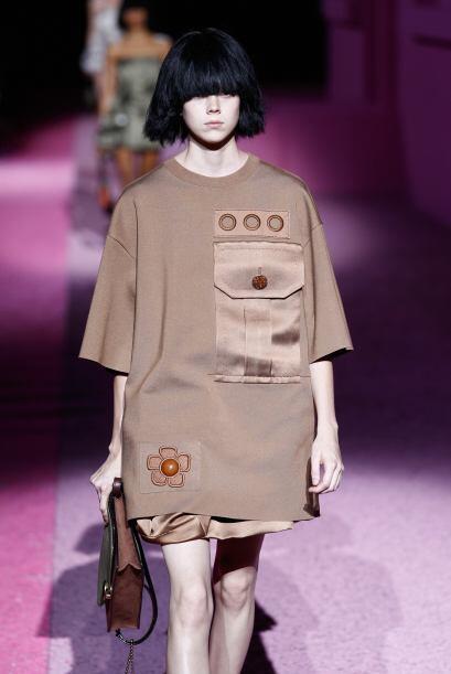 Prendas inspiradas en lo militar. Colores como el beige, camel, chocolat...