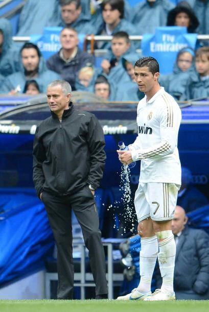 Mourinho y Ronaldo tenían contacto en distintos momentos para mej...