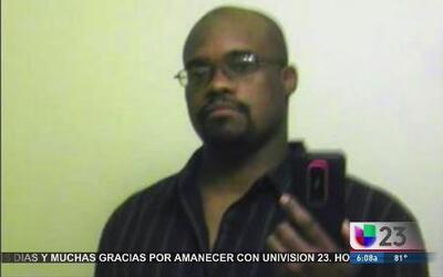 Retiran cargos a policía que le disparó a Jermaine McBean