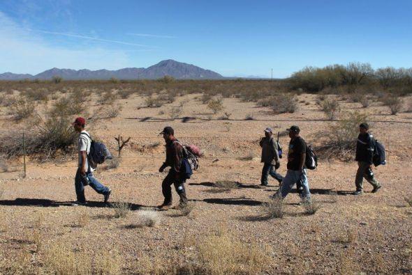 Los familiares deben acreditar la nacionalidad mexicana de la persona ex...