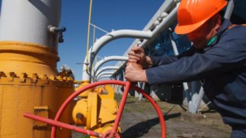 El consorcio ruso Gazprom anunció el corte del suministro a Ucrania a qu...