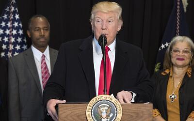 ¿Cómo ha manejado Donald Trump el tema de los ataques contra la comunida...