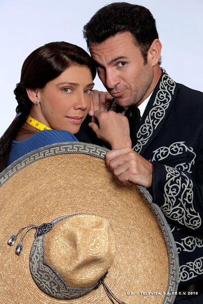 Juana está enamorada de Cutberto (Alejandro Ávila) pero se...