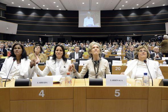 "Para el presidente del PE, ""hoy simbólicamente robustecemos a esta oposi..."