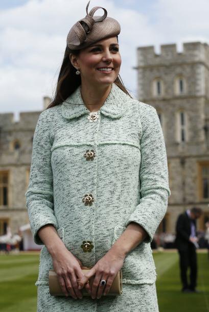 El look de Kate siempre es muy elegante y desde su primer embarazo nos s...