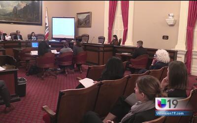 Comité del senado analizan propuestas para defender a la comunidad inmig...