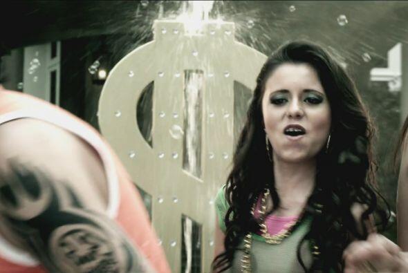 Perla Alelí podría lucirse bailando reggaeton..