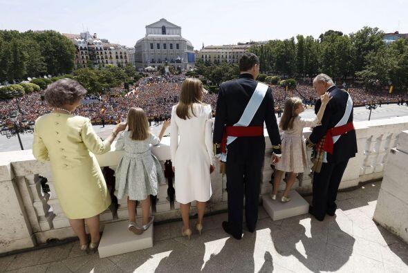 De hecho, ésta fue una de las últimas imágenes en donde la Familia Real...