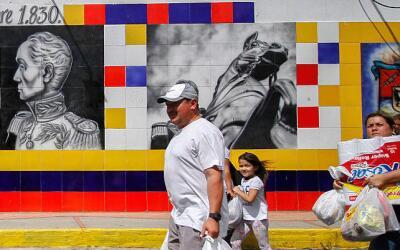 Según el gobierno colombiano, unos 35,000 venezolanos cruzaron la fronte...