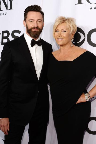 Hugh Jackman y su esposa Deborra Lee Furness Mira aquí los videos más ch...