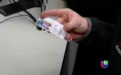 Los indocumentados en Illinois podrán obtener sus licencias en 2014