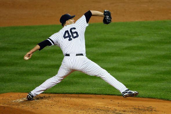 Pettitte jugó con los Yankees de 1995 a 2003; después formó parte de los...