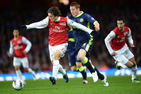 El partido que cerró la fecha 34 de la Liga Premier inglesa fue el Arsen...