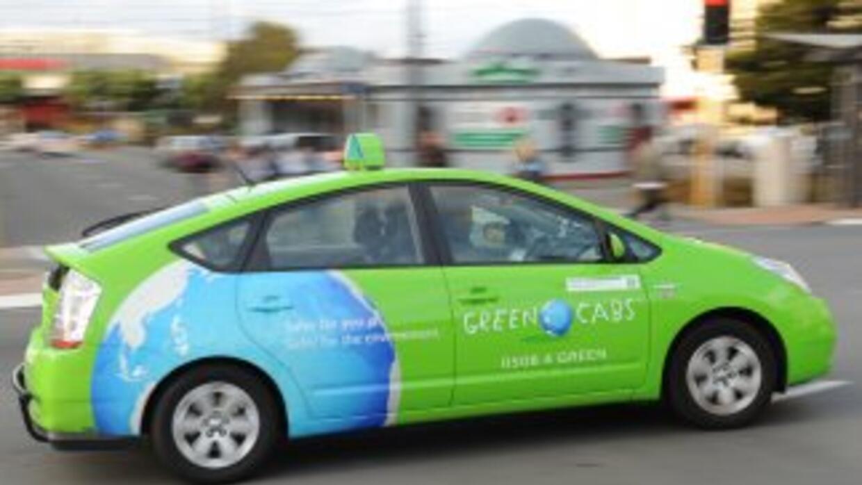 Según un estudio del Highway Loss Data Institute, los autos híbridos son...
