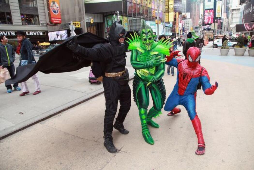 """La policía (NYPD) identificó al """"spiderman"""" como Moussa Rabaoui, de Quee..."""