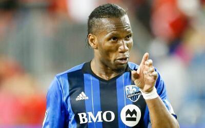 Didier Drogba reclamando