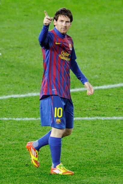 Messi le daba las gracias a Xavi por el pase.