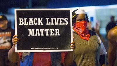 Tensión en Ferguson por la muerte de Michael Brown.