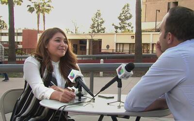 León Krauze conversa con una joven estadounidense de raíces mexicanas en...
